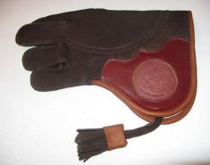 Norwegian Elk Short Cuff Gauntlet left hand glove, made by Stanislav
