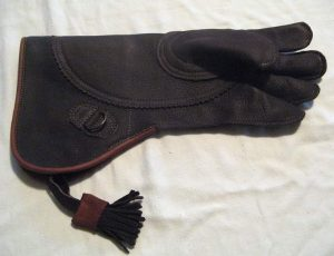 "RED TAIL HAWKING GLOVE 15"" long (Brown color)"