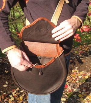 NEW ALL LEATHER TRADITIONAL HAWKING BAG SIZE LARGE