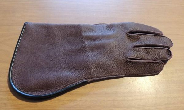 DEER HIDE SHORT CUFF SINGLE THICK GLOVE, RIGHT HAND