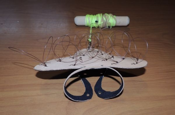 A  - NEW LEATHER PIGEON NOOSE HARNESS WITH DRAG LINE