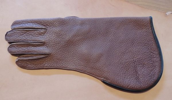 DEER HIDE SHORT CUFF SINGLE THICK GLOVE, LEFT HAND