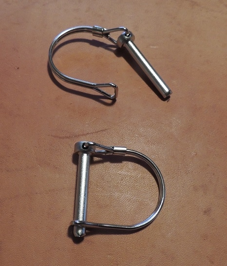 A Spare set of locking rings, to use with your two & one Portable Bow perch.