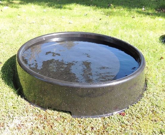 BATH PANS NEW LARGER SIZE FOR HAWKS AND FALCONS 22 INCH DIAMETER